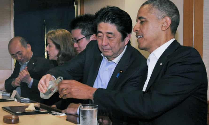 Shinzo Abe and Barack Obama at the restaurant where the then US president said he had the best sushi of his life.