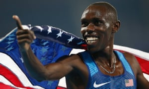 Chelimo keeps silver for the USA in the men's 5000m final.