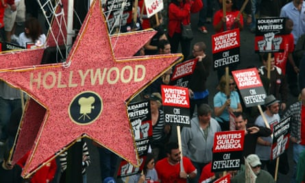 Writers march on Hollywood Boulevard in 2007.