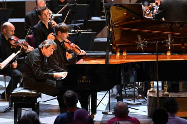 Pierre-Laurent Aimard performs Ravel's Piano Concerto in G major with the Mahler Chamber Orchestra at the Proms.