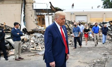 Trump visits scenes of damage in Kenosha