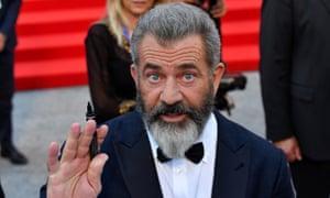 Mel Gibson hurls insult at Batman v Superman | Film | The Guardian