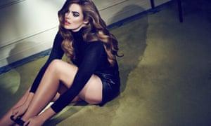 Model Robyn Lawley, queen of the inbetweenies.