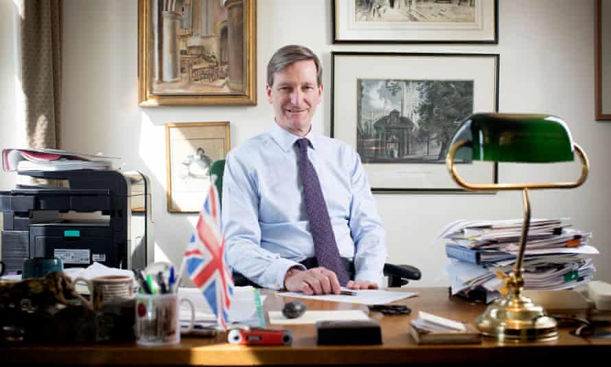 Dominic Grieve's amendment would give ministers until the end of November to get agreement on the final Brexit deal.