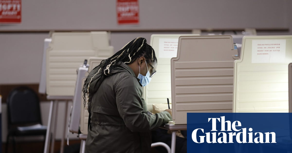 Coronavirus: US sets record for daily new cases average one day after election