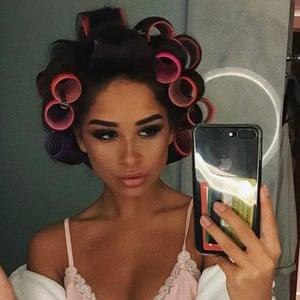 Alina Akilova in Dubai hotel's bathroom