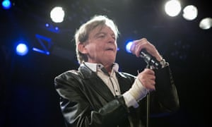 Mark E Smith with the Fall in 2016.