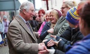 Hoàng tử Charles trong chuyến thăm Pontypridd, Wales