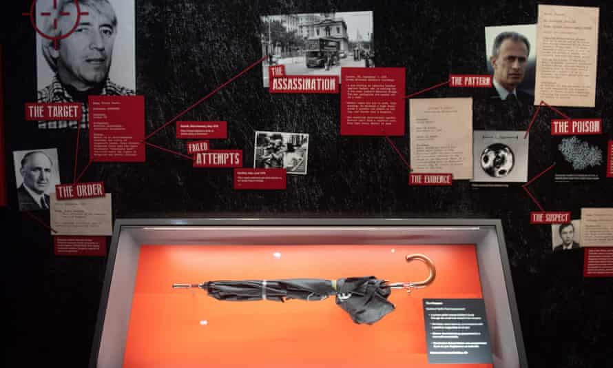 An umbrella similar to the one used to kill dissident Georgi Markov is seen in an exhibit at the new International Spy Museum in Washington.