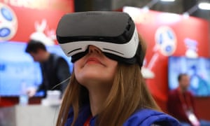 Test subjects will navigate simulated environments through VR headsets.