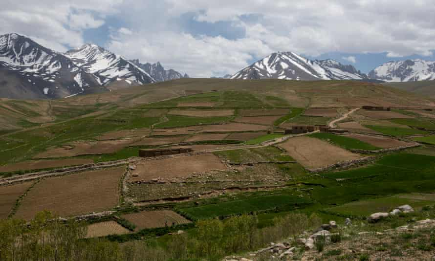 At 3,000 metres, farmers in Shah Foladi can grow wheat and potatoes. Above that altitude, the terrain becomes uninhabitable.