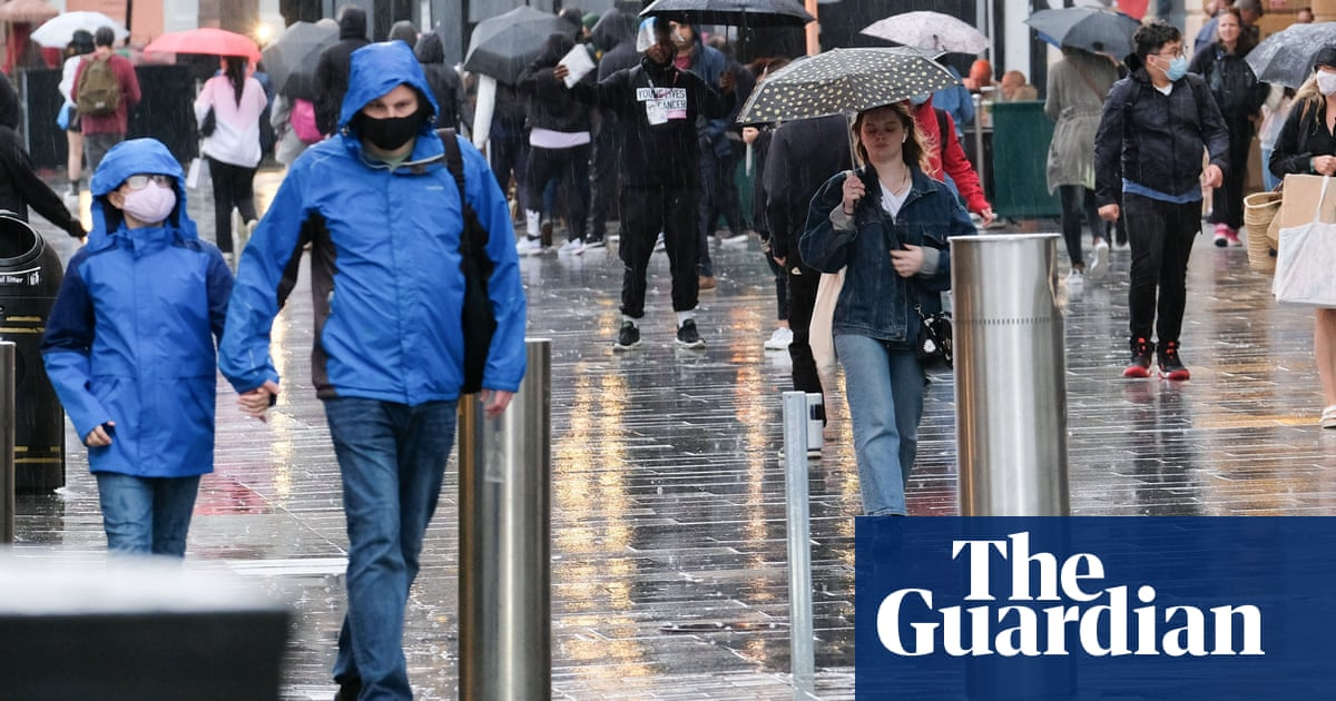 Extreme weather will be the norm and UK is not prepared, report warns