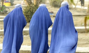 Sengal's ban on burqas comes amid fears Boko Haram militants in Nigeria may be trying to extend their range.