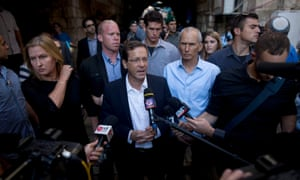 Isaac Herzog (centre) has criticised Netanyahu for his comments.