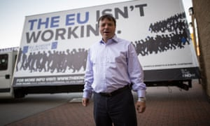 Aaron Banks in front of a trailer with 'The EU isn't working' on it in 2015.