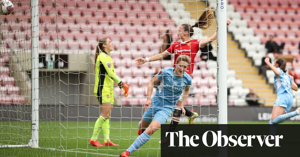 Ellen White halts Manchester City's WSL slump with derby equaliser at United