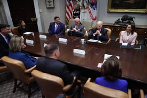 Joe Biden and Kamala Harris meet with a bipartisan group of city and state political leaders.