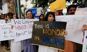 honour killing protest pakistan
