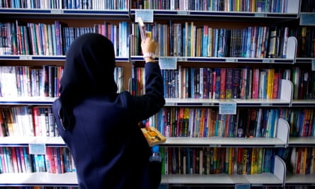 A student browses in her school library.