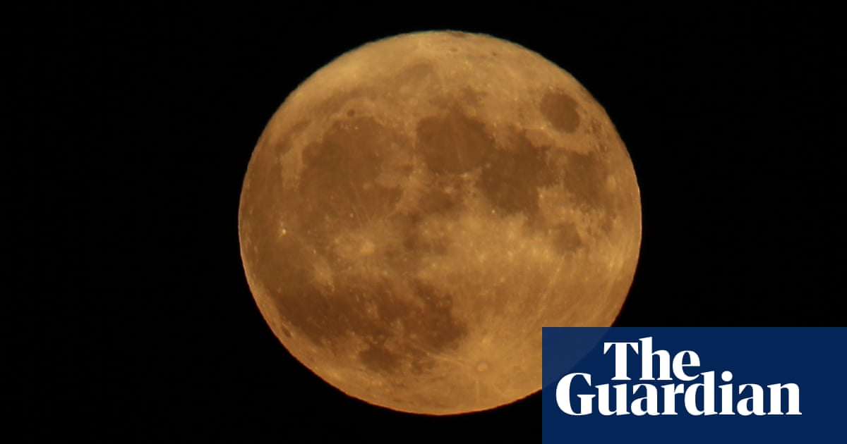 Starwatch: the arrival of autumn brings the lovely harvest moon