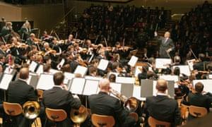 Claudio Abbado with the Berlin Philharmonic performing Mendelssohn's A Midsummer Night's Dream