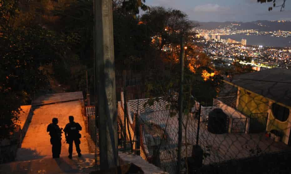 Police in Acapulco