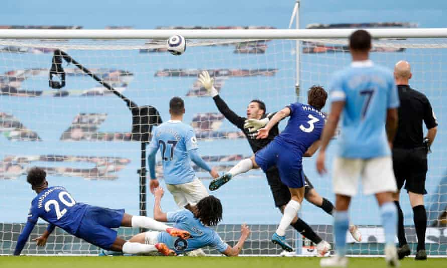 Marcos Alonso's shot looped over Ederson to give Chelsea a last-minute winner against Manchester City.