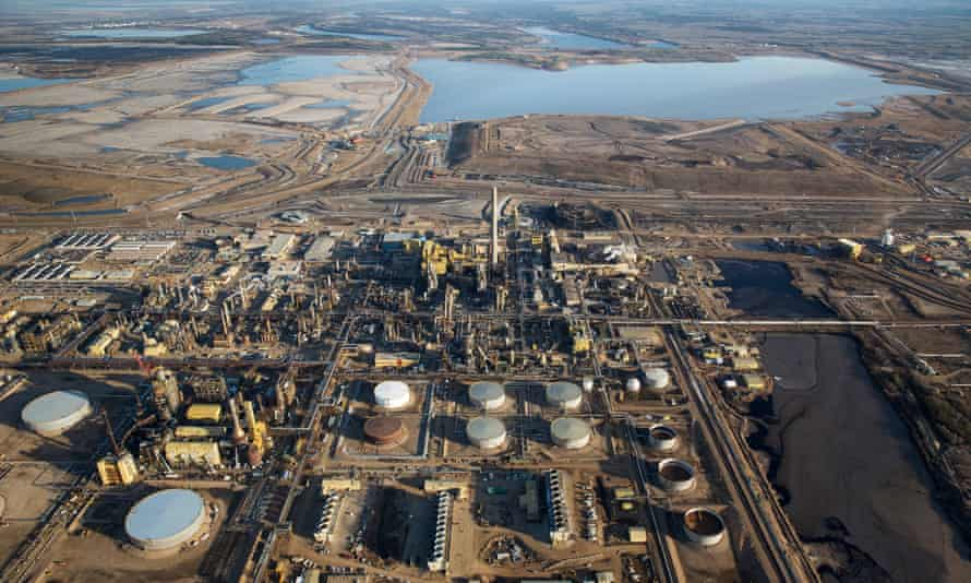 The Syncrude Oil Sands site near to Fort McMurray in Northern Alberta.