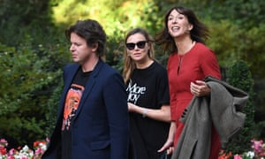 Samantha Cameron (right), British designer Christopher Kane (left) and his sister Tammy Kane arrive in Downing Street