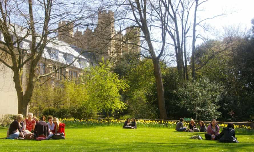 The gardens of Bristol University