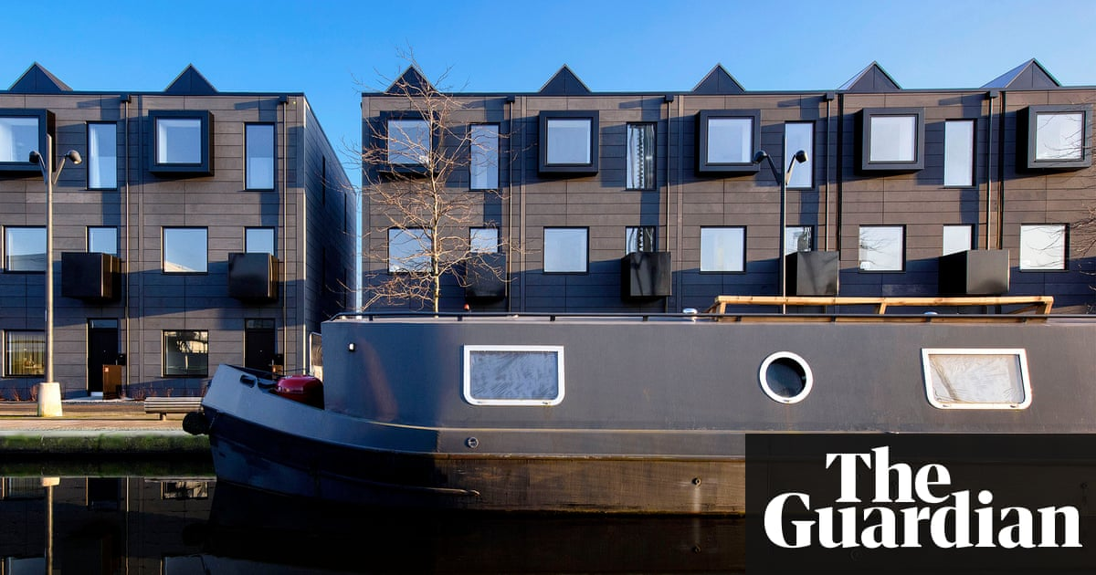 Can prefab homes solve uk 39 s housing crisis guardian for Off site built homes