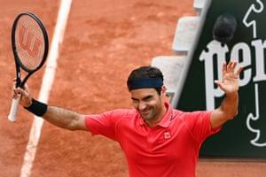Federer celebrates his win