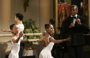 Mitchell introduces Dance Theater of Harlem performers at a White House event honouring the artist and company in 2006