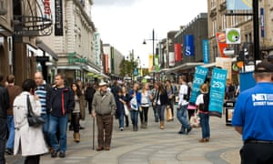Shoppers on Northumberland St in Newcastle city centre