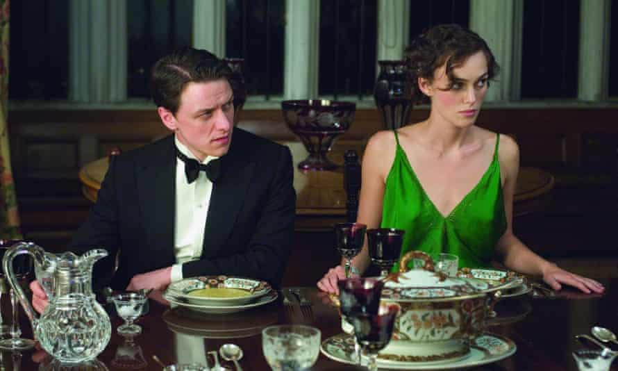 James McAvoy (Robbie) and Keira Knightley (Cecilia) in the 2007 film of Atonement.