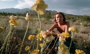 Joni Mitchell in the Nevada desert, 1978.