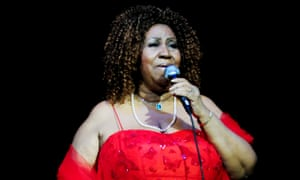 Aretha Franklin performing in 2010