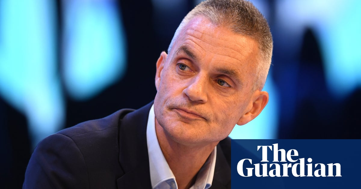 BBC chief told to use 'more than one union jack' in annual report