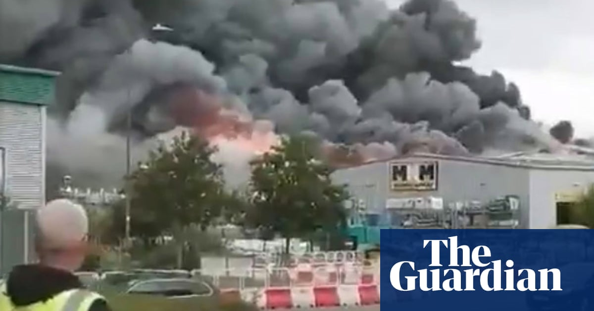 Leamington Spa fire: reports of explosions as residents evacuated