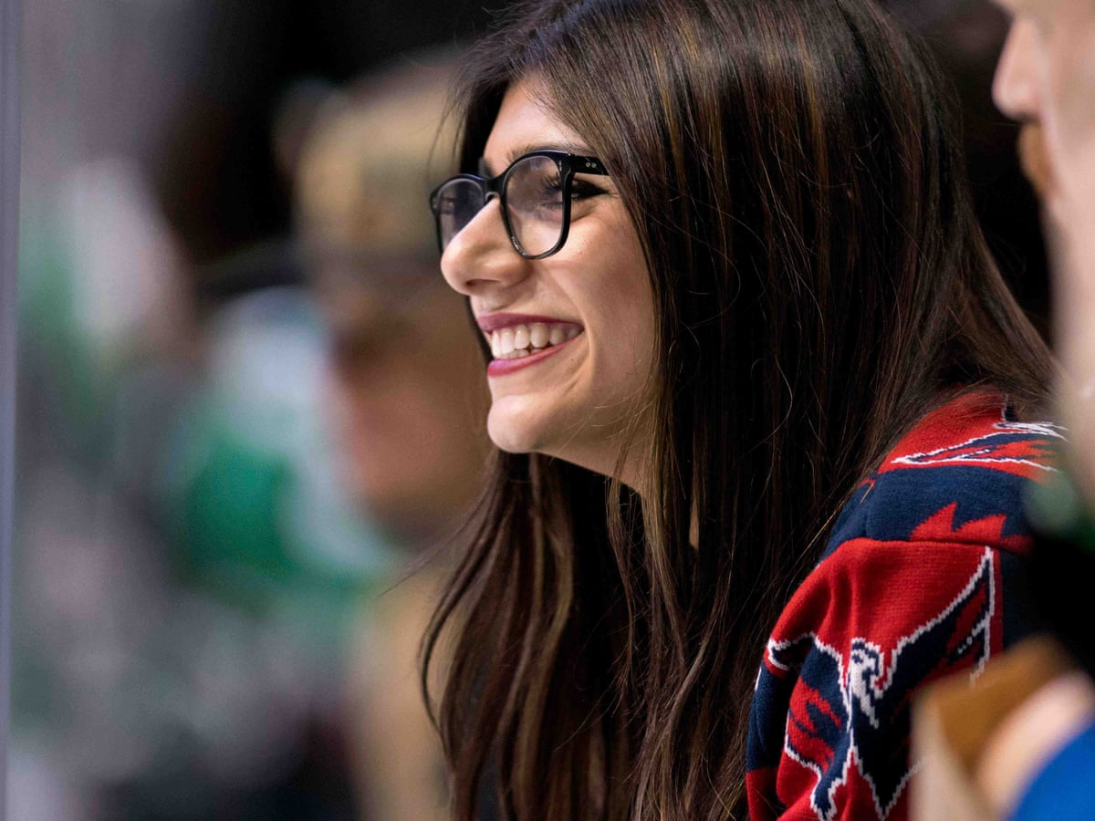 14 Years Old Porn ex-porn star mia khalifa wants to move on with her life. why