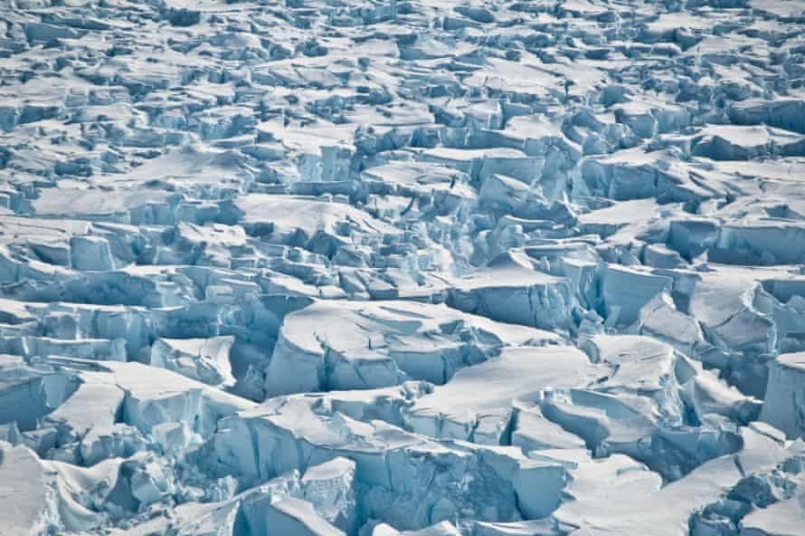 Crevasses near the grounding line of Pine Island Glacier, Antarctica