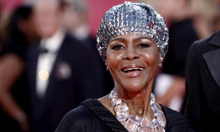 Cicely Tyson at the 2009 Emmy awards.