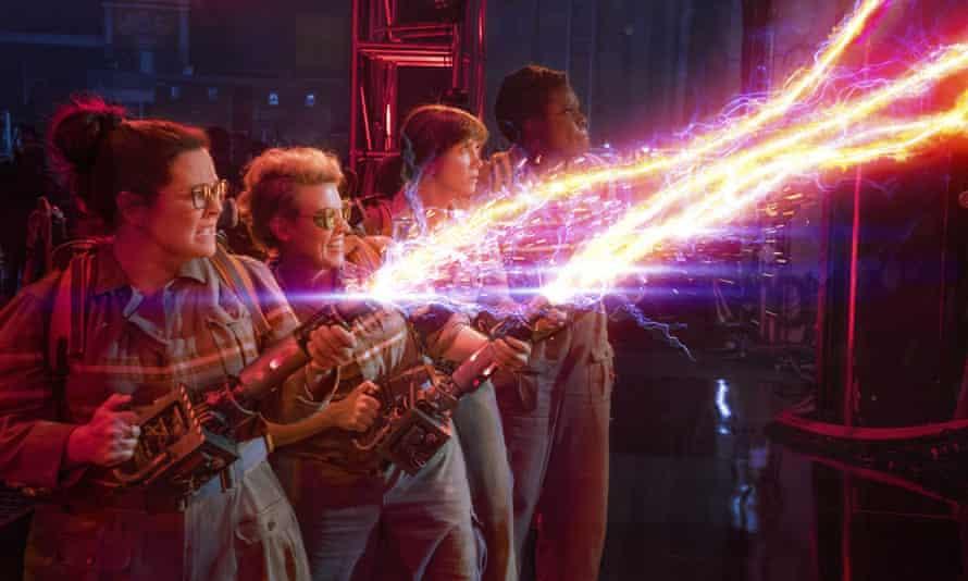 """Ghostbusters"" film stills28-4-2016 ""Ghostbusters"" film stills Pictured: Leslie Jones, Melissa McCarthy, Kate McKinnon and Kristen Wiig PLANET PHOTOS www.planetphotos.co.uk info@planetphotos.co.uk +44 (0)20 8883 1438"
