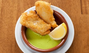Full of flavour: breaded cod with dill mayo.