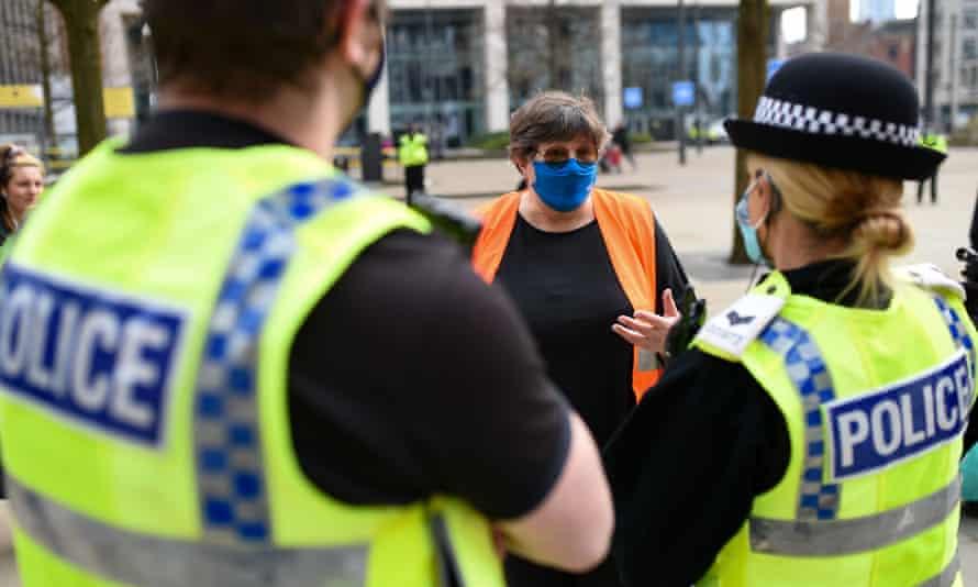 Police speak to NHS worker Karen Reissmann