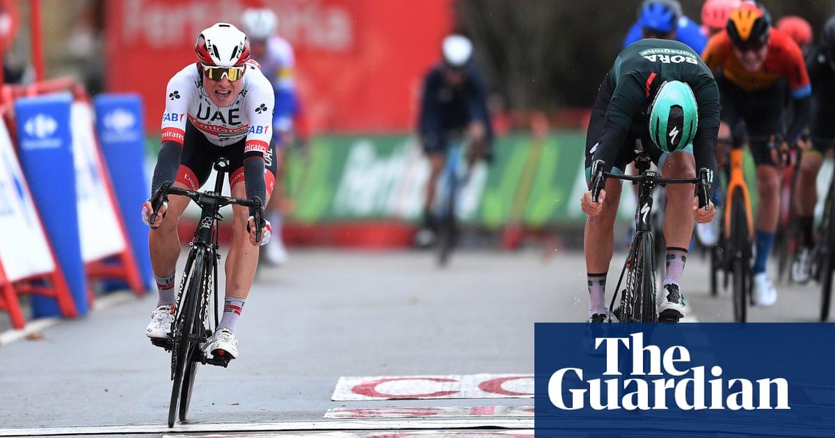 Vuelta a España: Jasper Philipsen wins stage 15 as Primoz Roglic stays in lead