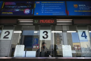 """The ticket office of the Camp Nou stadium is pictured in Barcelona on October 23, 2020, on the eve of the """"clasico"""" football match FC Barcelona against Real Madrid CF."""