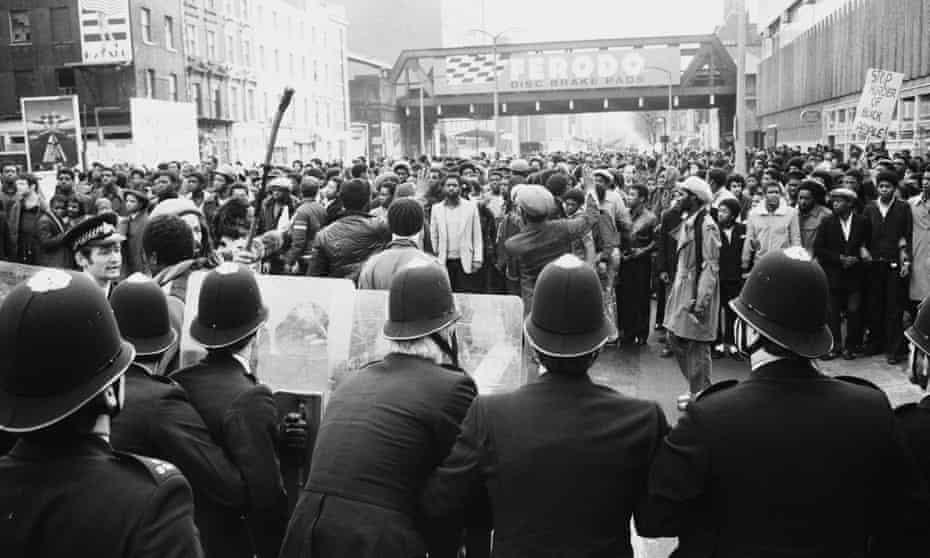 Police confront protesters in Blackfriars Bridge Road in London in 1981.
