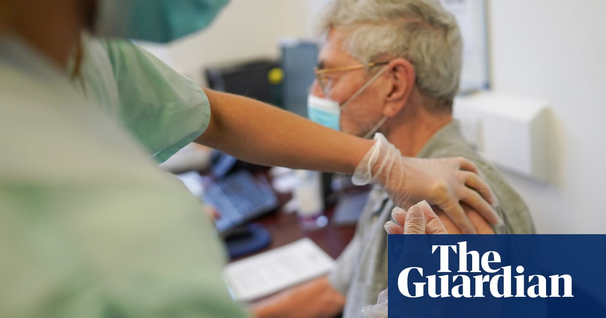 Charities say Covid booster rollout for immunosuppressed is 'chaotic failure'
