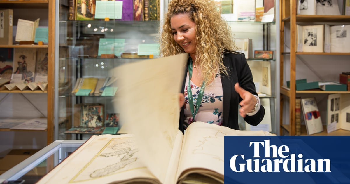 Amazon's AbeBooks backs down after booksellers stage global protest